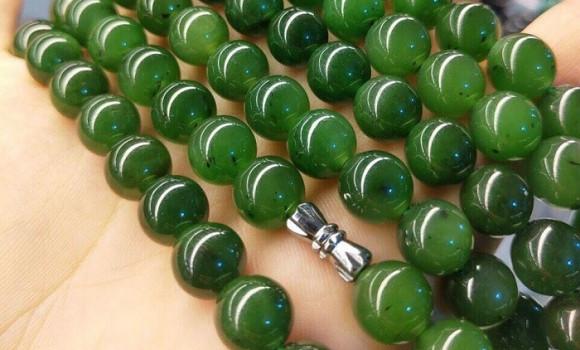 Top 10 chuỗi hạt ngọc đeo cổ Phỉ Thúy cao cấp tại King Jade